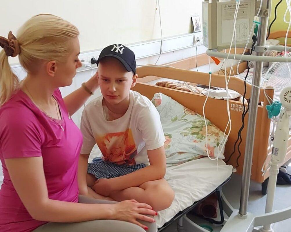 Буде жити: Для син загиблого героя АТО Андрія Сипавки Єгора зібрали всю необхідну суму для лікування (ВІДЕО)
