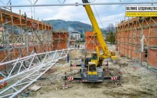 На Свалявщині триває масштабна реконструкція школи